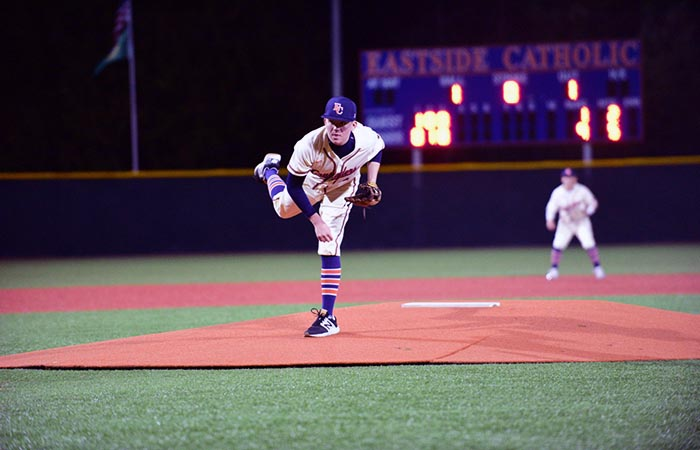 Baseball and Fastpich Shaping Up in Metro League